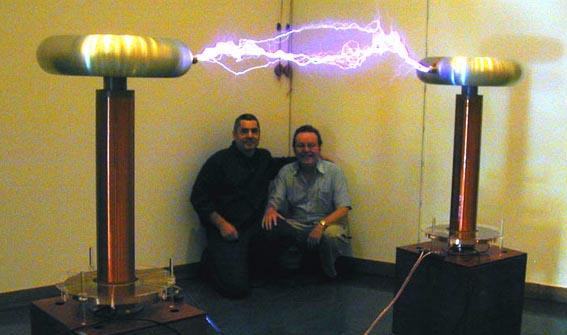 Was Ist Eine Tesla Spule Bzw Ein Tesla Coil
