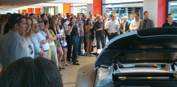 Tesla Motors Switzerland Schweiz Z 252 Rich